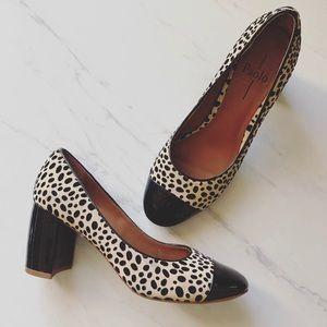 Linea Paolo sz 7 Leopard Spitted Block Heels